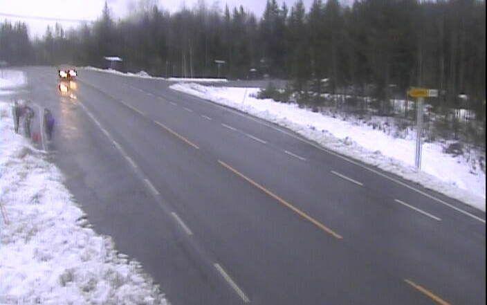 HEDMARK: Dette bildet viser riksvei 25 mellom Trysil og Elverum i dag tidlig.