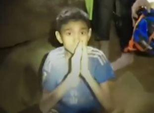 GJENNOM VANNET: Chanin Wiboonrungruang (11) er yngstemann som skal gjennom den svært krevende redningseveien. Fire gutter er nå bekreftet reddet ut av Tham Luang-grotten.