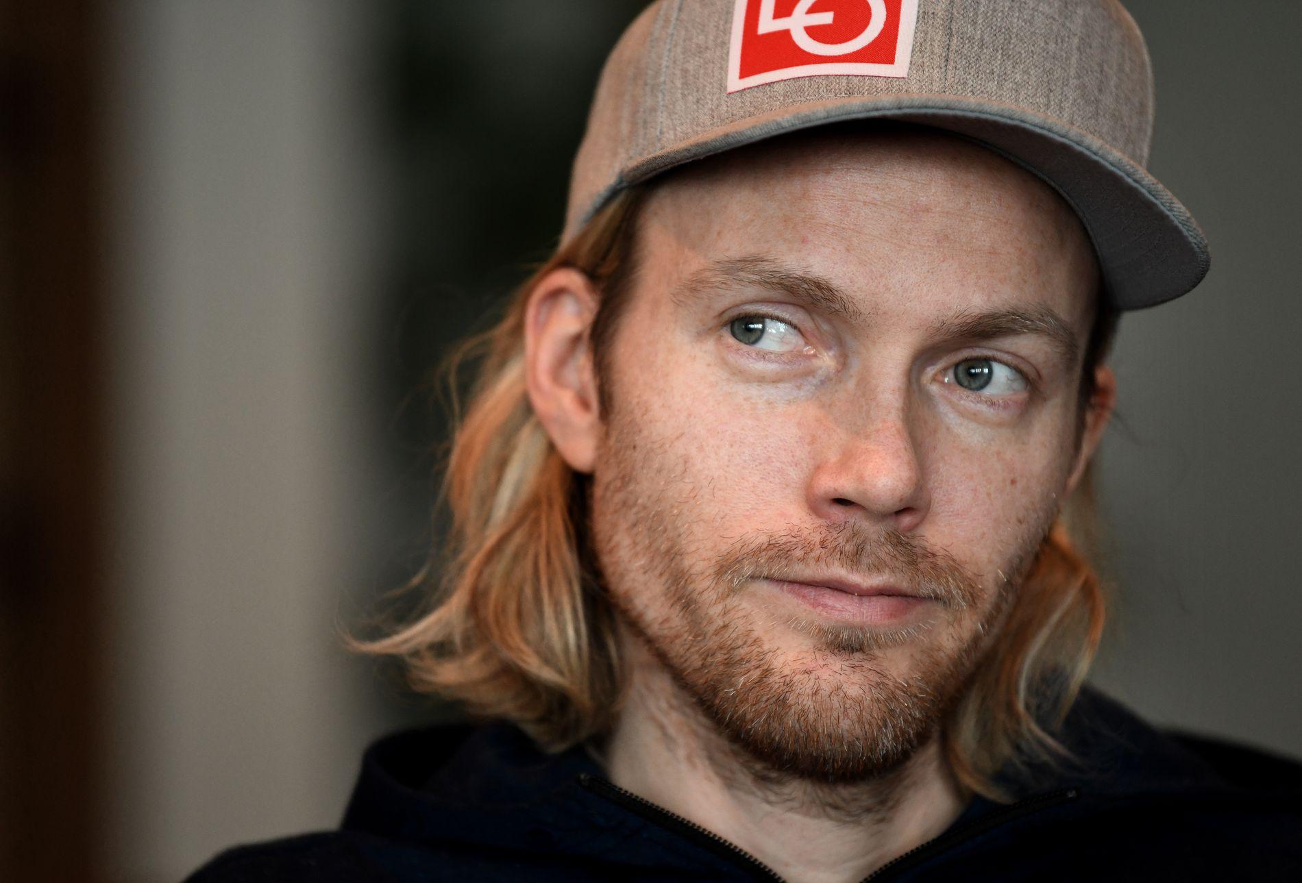 SYK: Tidligere skihopper Bkjørn Einar Romøren må gjennom cellegiftbehandling. Her fra et intervju med VG i forbindelse med Raw Air Lillehammer.