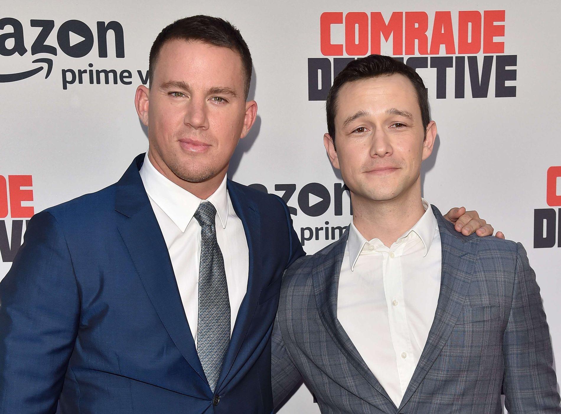 SATIRESTEMMER: Channing Tatum og Joseph Gordon Levitt på premieren av «Comrade Detective» i Hollywood 3. august. FOTO: Alberto E. Rodriguez/Getty Images/AFP