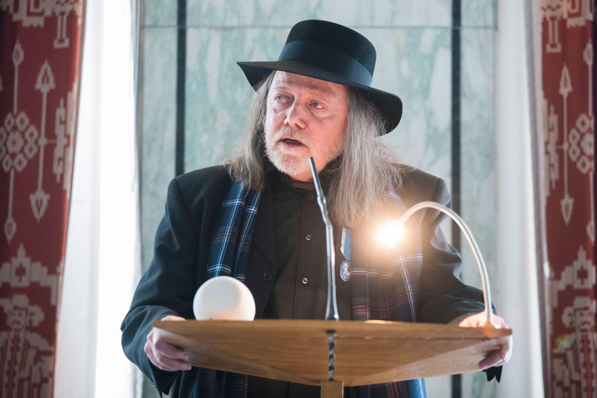NY OPPLEVELSE: Dette skal være første gang Lillebjørn Nilsen ikke får honorar etter en konsert. Foto: NTB SCANPIX