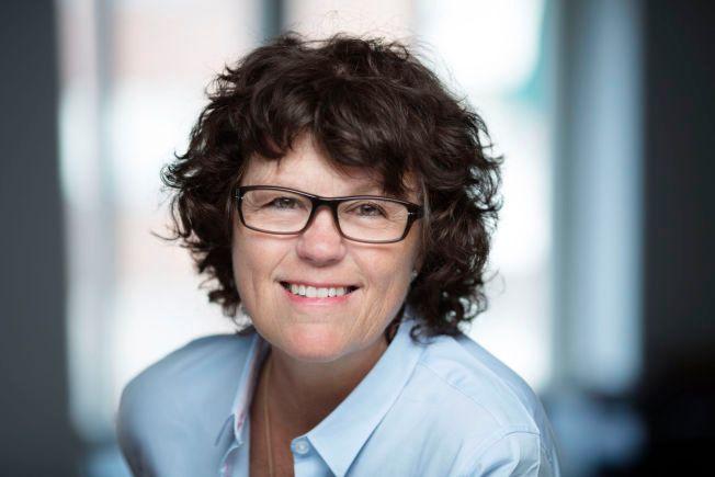 COMBACK: Anne Holt er tilbake med en Hanne Wilhelmsen-krim etter åtte års pause. Og hun leverer, mener VGs anmelder.
