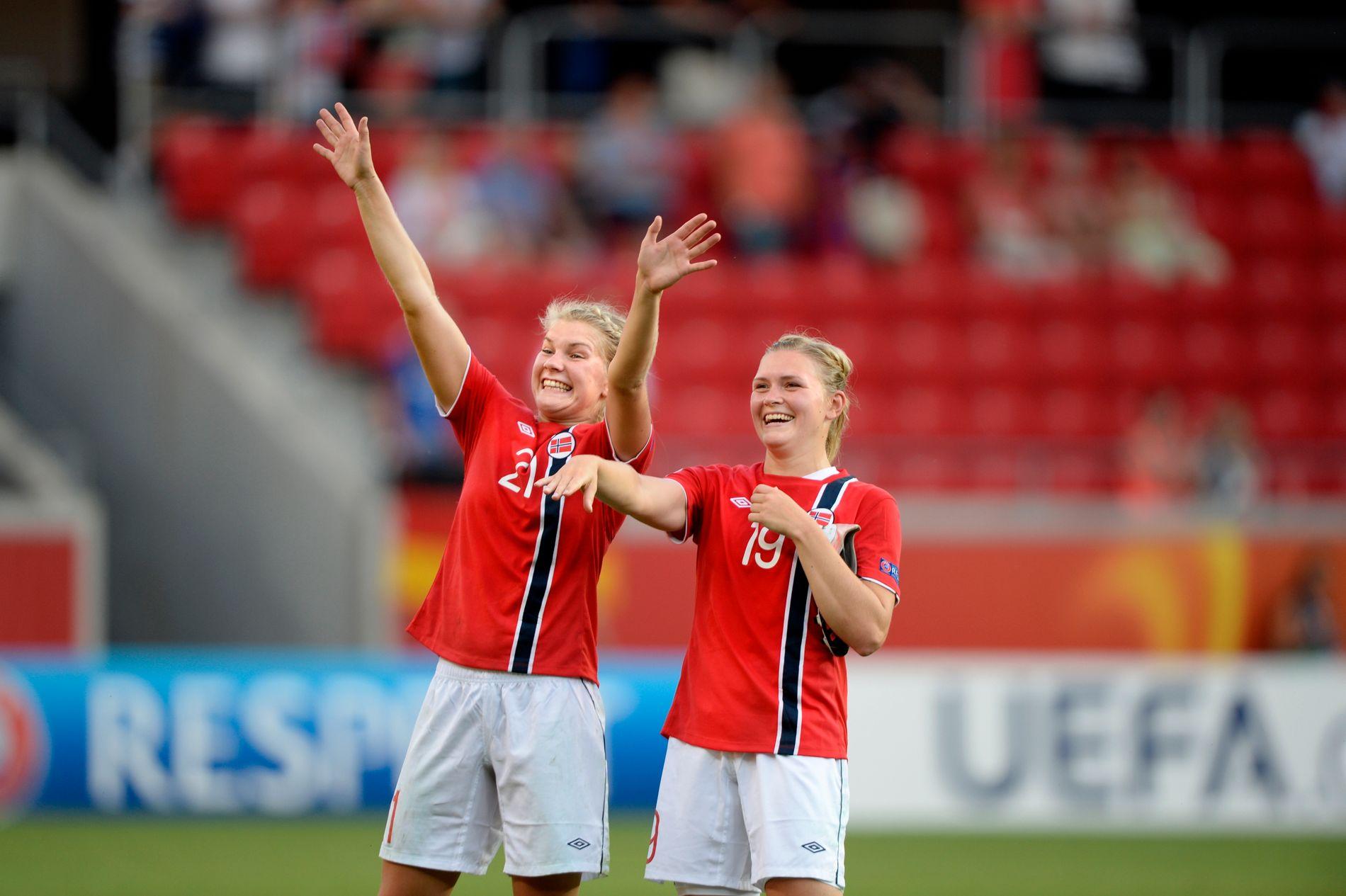 2013: Ada Hegerberg og Ingvild Isaksen jubler for seier mot Tyskland i EM i 2013. Siden har Hegerberg sagt nei til Norge, mens Isaksen har lagt opp.