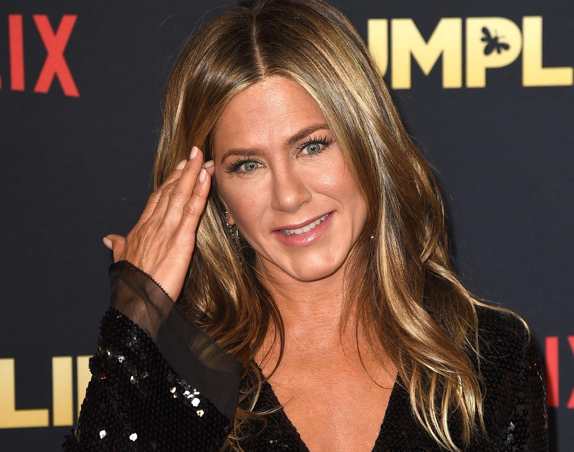 TV-AKTUELL: Jennifer Aniston på Hollywood-premieren til «Dumplin'», der hun spiller tidligere skjønnhetsdronning og mor til en tenåring.