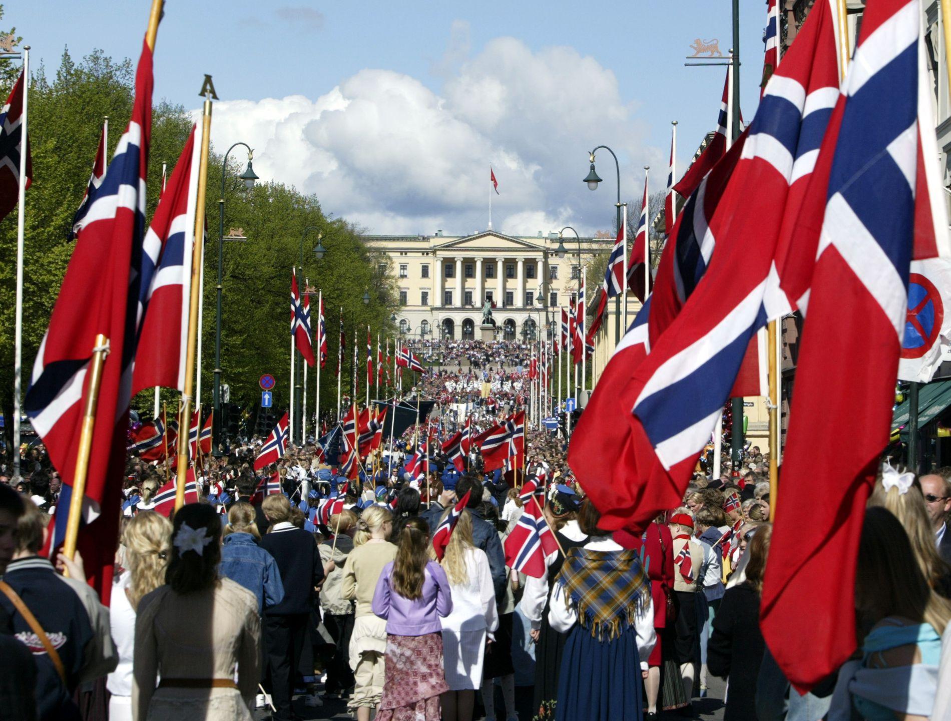 NASJONALSANGEN:– De siste femti årene har norske skolebarn ikke fått vite om Bjørnsons viktige sjette vers, om brorskap over landegrensene, skriver kronikkforfatteren.