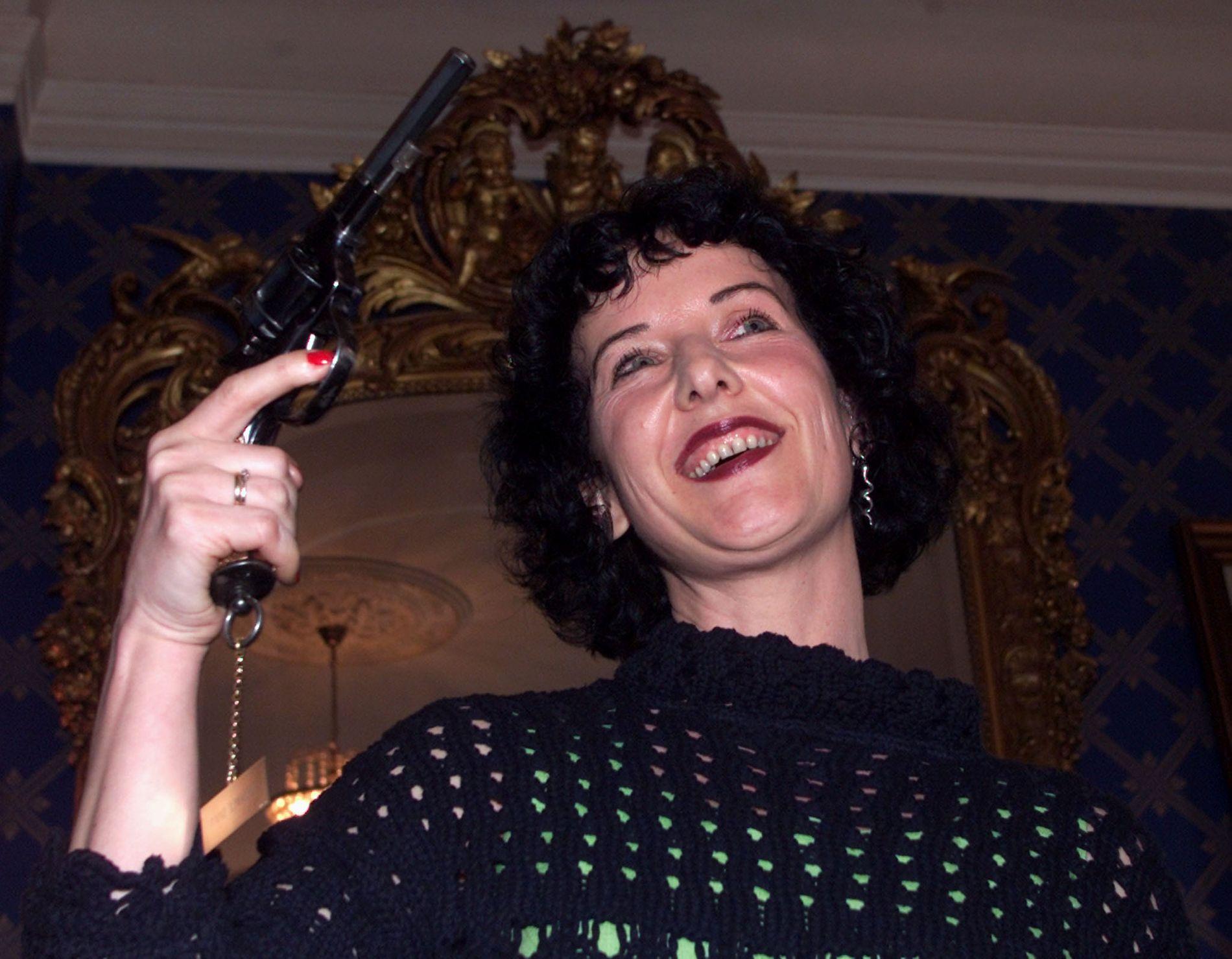 20 ÅR SIDEN: For 20 år siden vant Unni Lindell Rivertonprisen for «Drømmefangeren». Her på prisutdelingen.