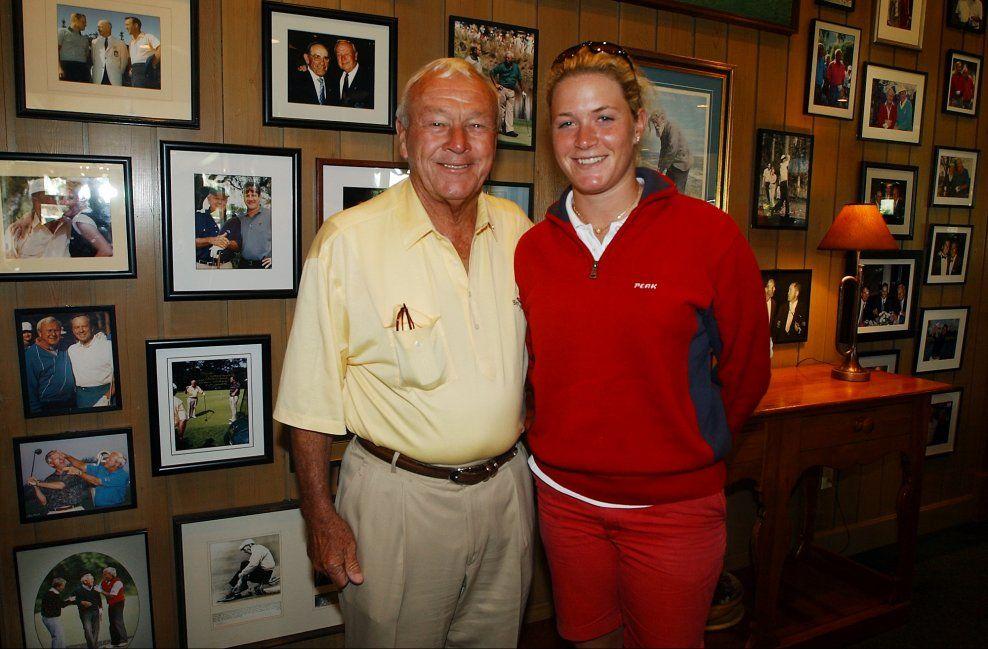 GODE VENNER: Arnold Palmer og Suzann Pettersen avbildet sammen i VG i 2004. Den norske golfstjernen sørger nå over tapet av ikonet.