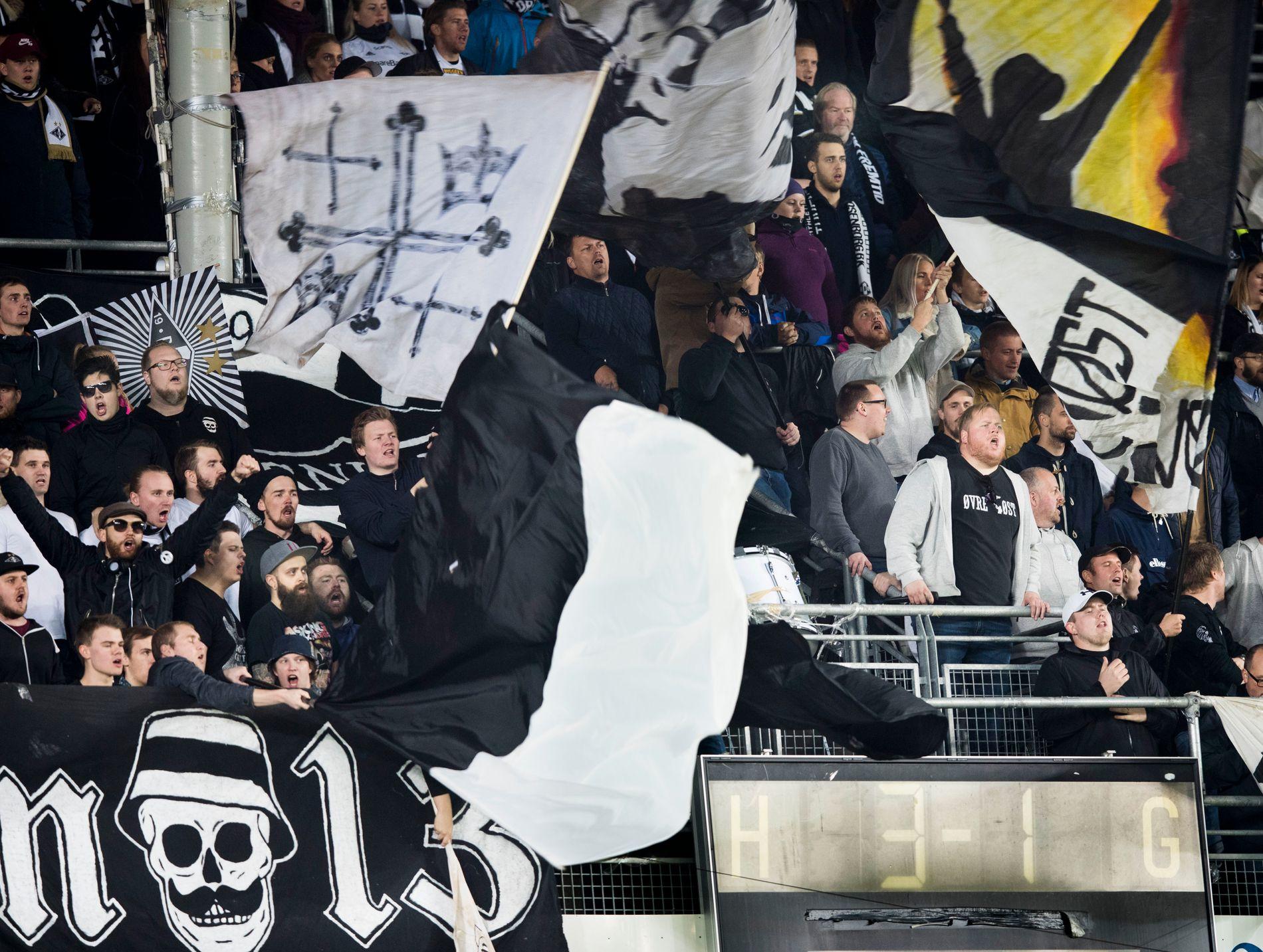 17cece1e Fjerner omstridt supporterskjerf fra butikken etter kritikk fra RBK-fansen