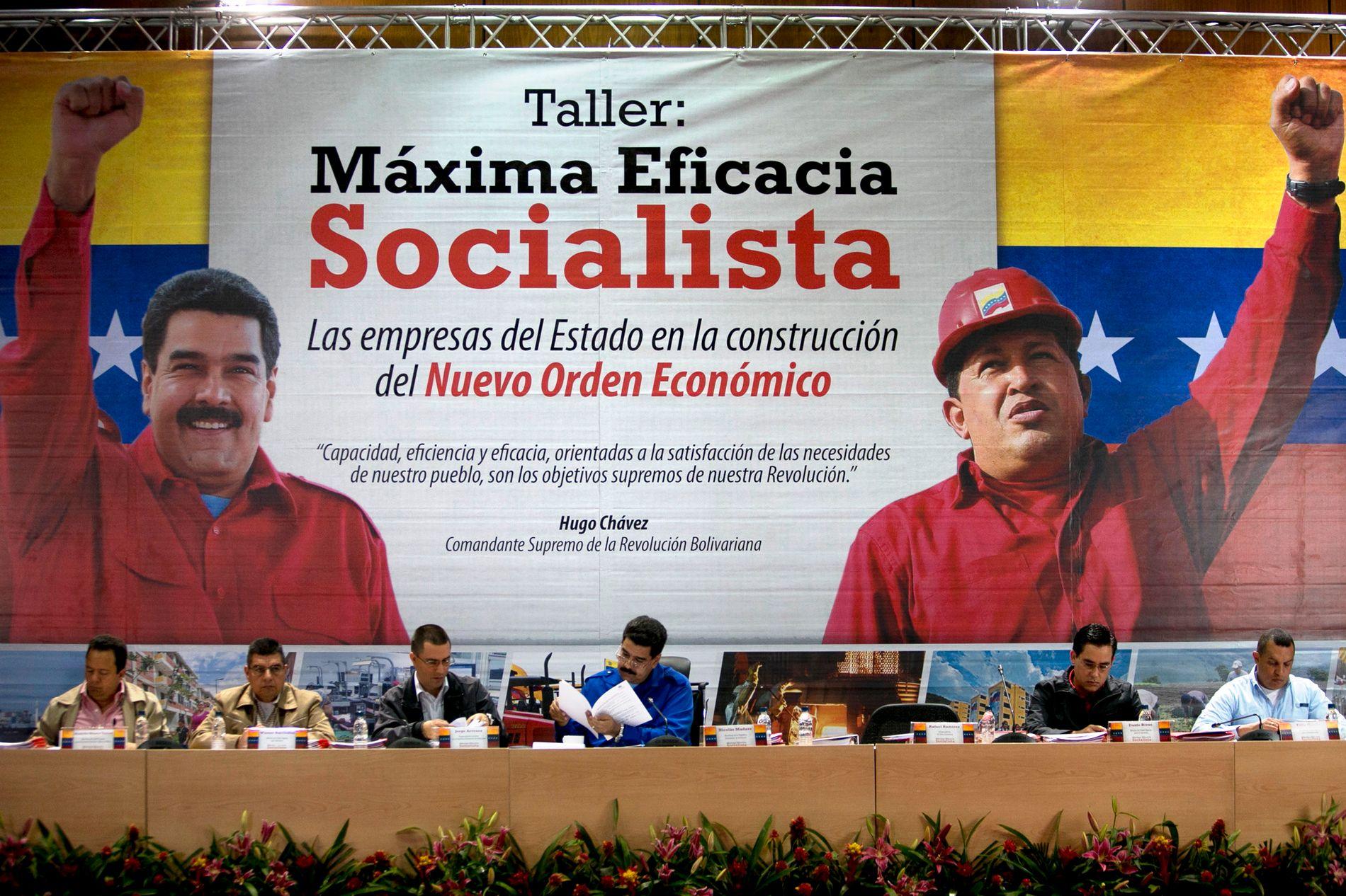 - Forrige søndag ble Nicolás Maduro som forventet gjenvalgt som president i Venezuela. Valget forgikk uten forutgående politiske debatter, uten frie medier og uavhengige valgobservatører ble utelukket, skriver kronikkforfatteren.