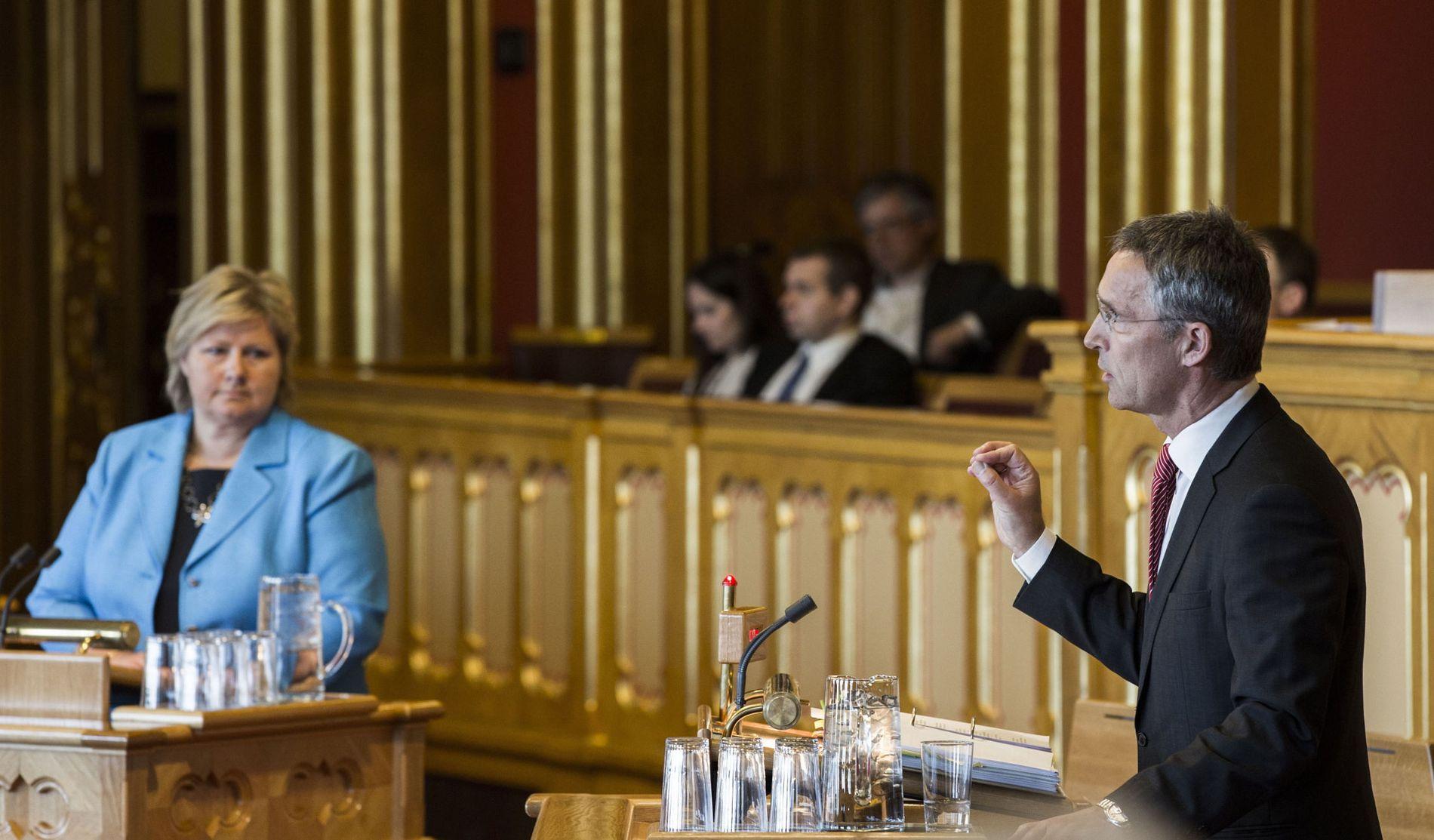 Senkes eller senkes ikke? Regjeringen Solberg har lovet å senke egenkapitalkravet fra 15 prosent til 10 prosent. I spørretimen onsdag denne uken spurte Jens Stoltenberg om regjeringen står ved løftene sine.