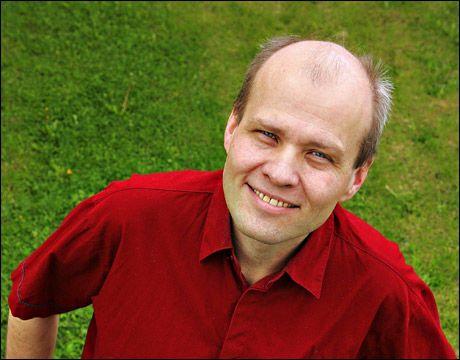 TILBYR DEMONUTDRIVELSER: Pastor Jan-Aage Torp. Foto: TROND SOLBERG