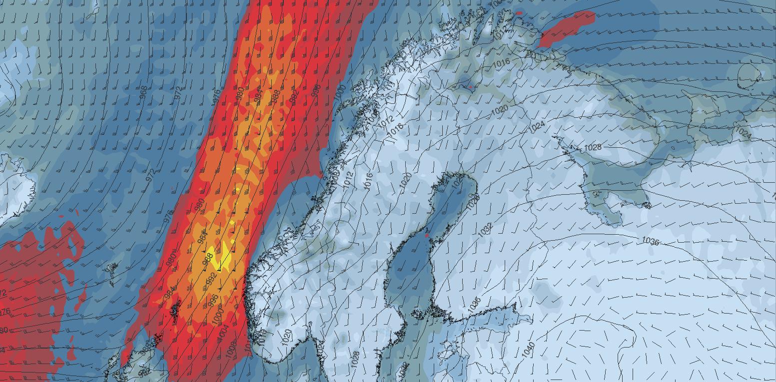 STOR STORM: Her slår stormen inn natt til mandag – og vil gi storm på vestlandskysten, i fjellet og kraftig vind i hele Skandinavia.