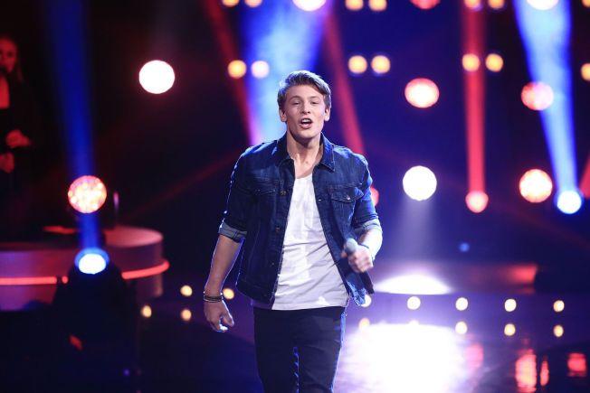 UTE AV IDOL: Jesper Jenset har blitt populær i Idol, men overbeviste ikke seerne med sin ferske singel.