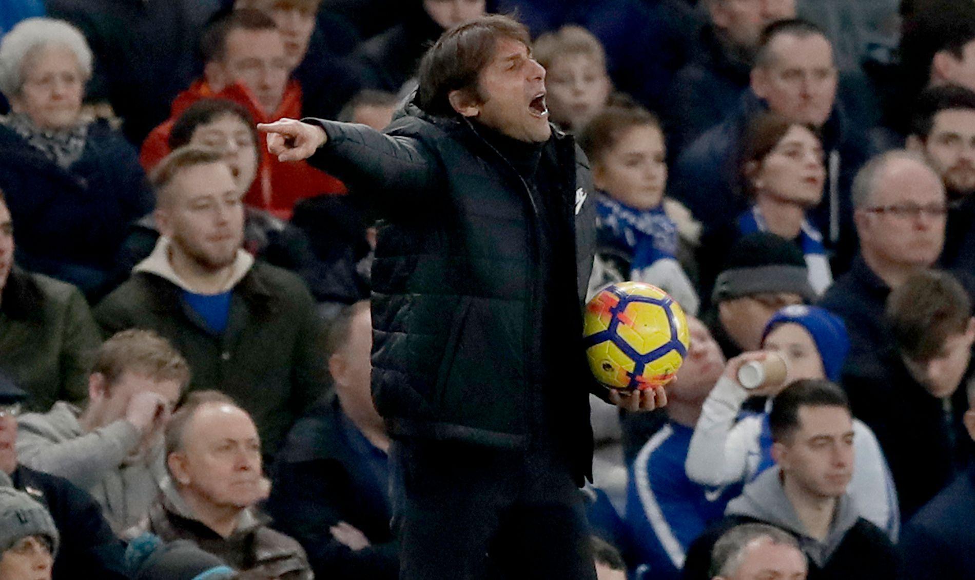 KAN BLI STRAFFET: Antonio Conte og Chelsea kan bli straffet.