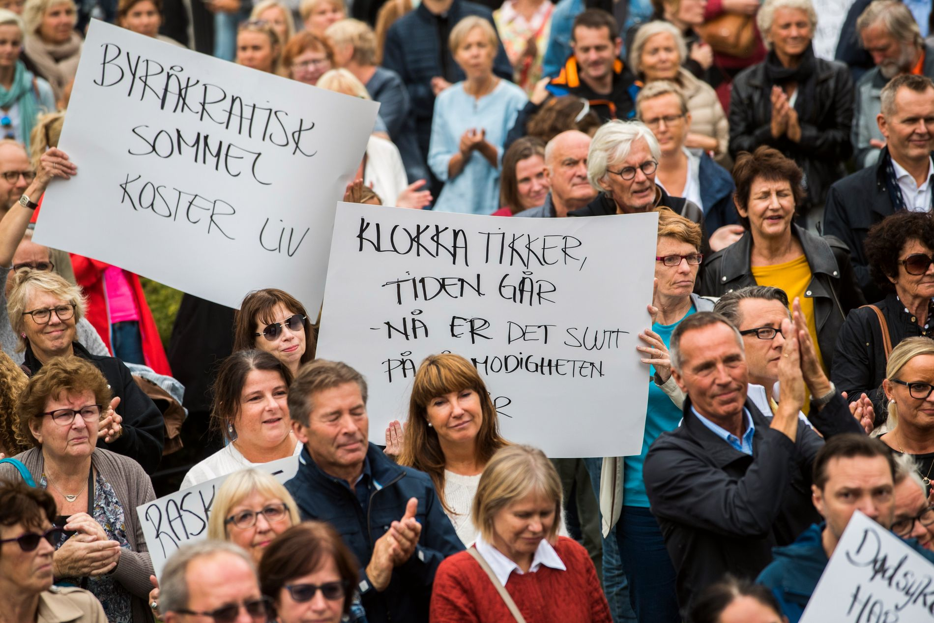 OPPROP: I august 2017 demonstrerte kreftsyke og pårørende foran Stortinget i Oslo for godkjenning av livreddende medikamenter for bruk på norske sykehus.