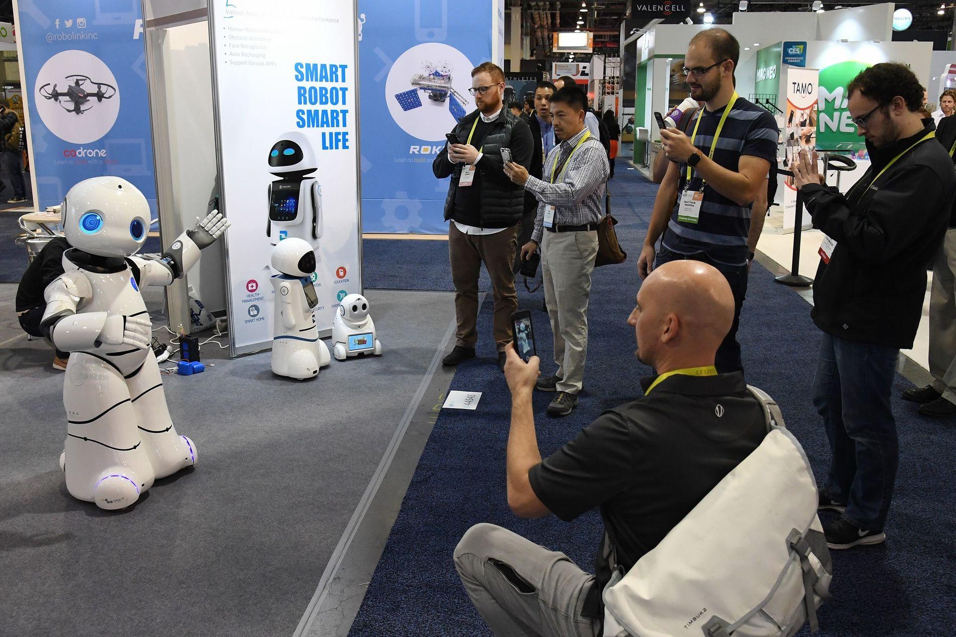 ROBOTRETTIGHETER: Har roboter krav på juridiske rettigheter? Det er blant spørsmålene Europaparlamentet skal ta stilling til i februar.
