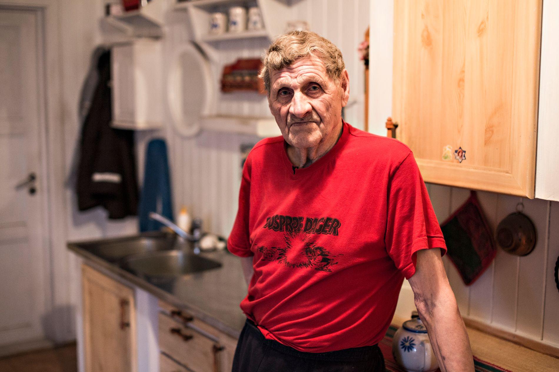 KJØKKENET: Det var her 86-åringen ble sprayet i øynene med pepperspray av politiet.