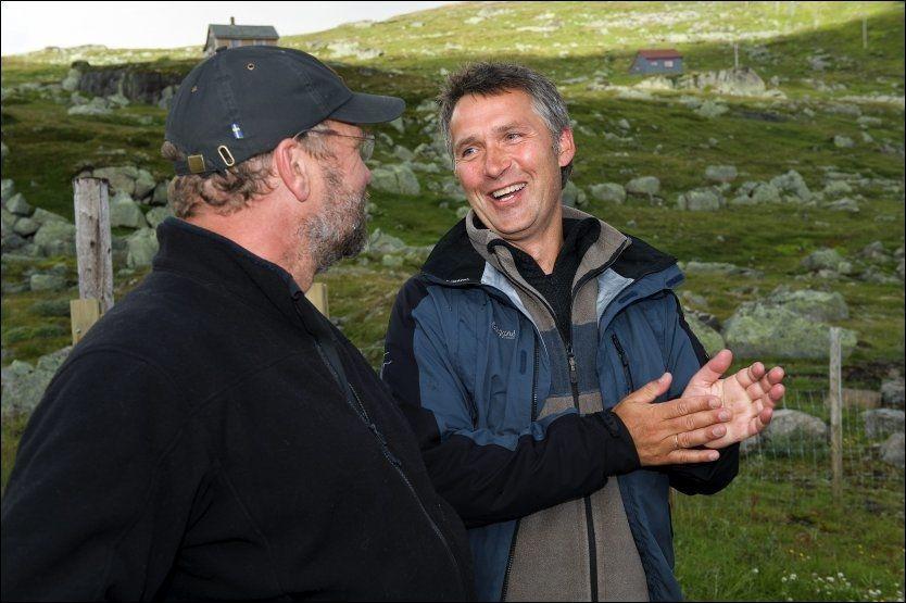 PÅ FISKETUR: På tur til Finse møtte statsminister Jens Stoltenberg venstreleder Lars Sponheim i fjor, som hadde invitert han med på fisketur. Foto: Tor Erik H. Mathiesen/VG