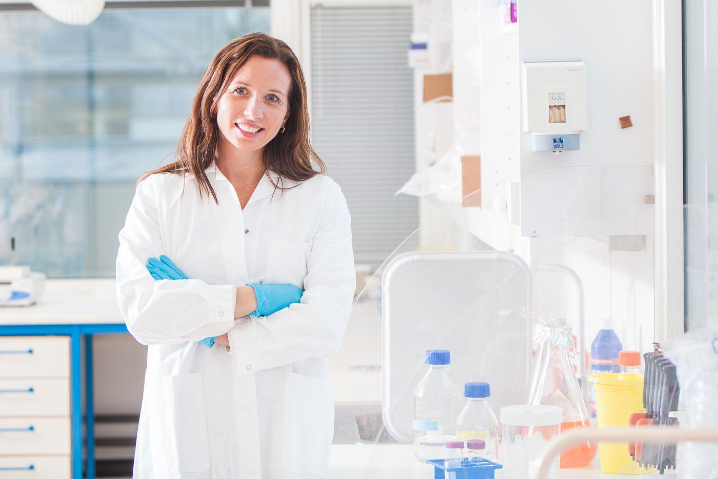 FORSKER: I femten år har norske Agnete Brunsvik Fredriksen jobbet mot et mål: Å kunne teste kreftvaksiner på mennesker. Nå starter firmaet hennes en klinisk studie på tyske pasienter.