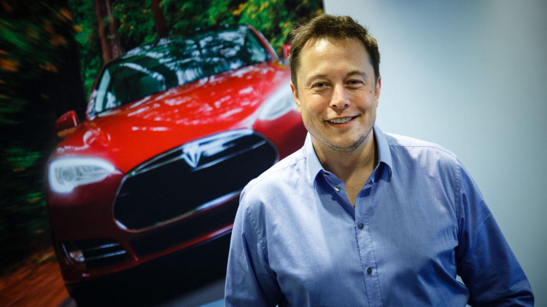 IKKE SKREMT: Tesla-sjef Elon Musk fortalte om elbilsuksessen til verdens oljeelite under ONS denne uken, uten at det skremte noen.