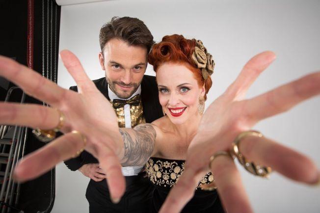 SOM I FJOR: Kåre Magnus Bergh og Silya Nymoen er også i år programledere for den norske finalen i Melodi Grand Prix. Foto: Kim Erlandsen/NRK