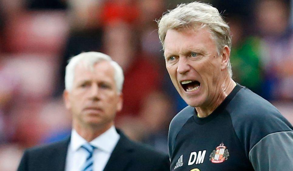 MARERITT: David Moyes (til høyre) har slitt med å få fart på Sunderland i høst. Her er Black Cats-manageren avbildet i hjemmetapet for Crystal Palace september. Crystal Palace-sjef Alan Pardew skimtes i bakgrunnen.