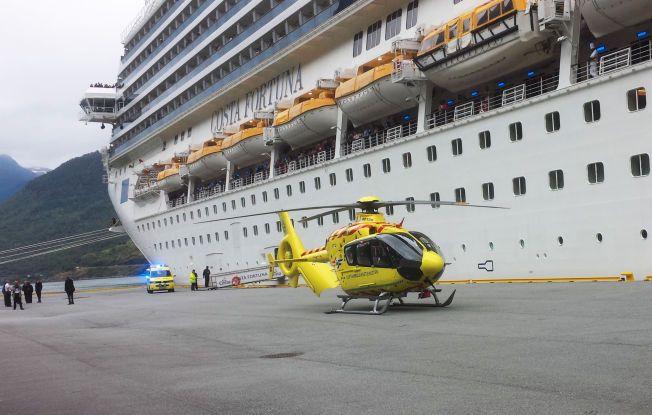 KRITISK SKADET: Den italienske 53-åringen ble fløyet til Haukeland universitetssykehus etter at hun ble reddet opp fra fjorden.