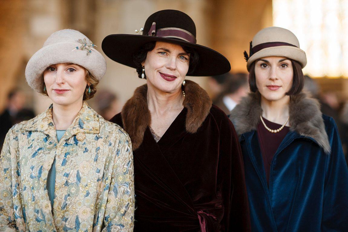 TILBAKE I «DOWNTON ABBEY»: Laura Carmichael, Elizabeth McGovern og Michelle Dockery i den sjette sesongen av den populære serien.