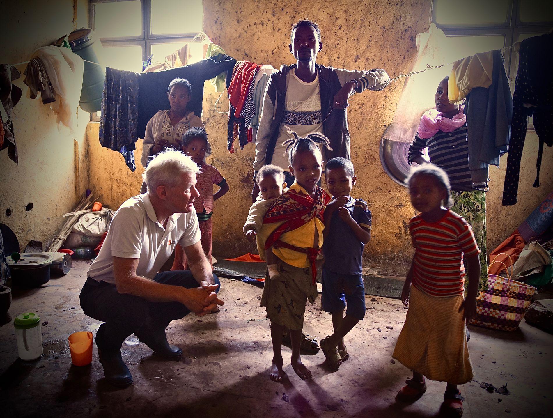 GLEMTE KRISER: – Jeg bruker mer og mer av tiden min på de glemte, neglisjerte konfliktene. Etiopia er et slikt tilfelle, forteller Jan Egeland. Her under et besøk til byen Dilla, sør i Etiopia.