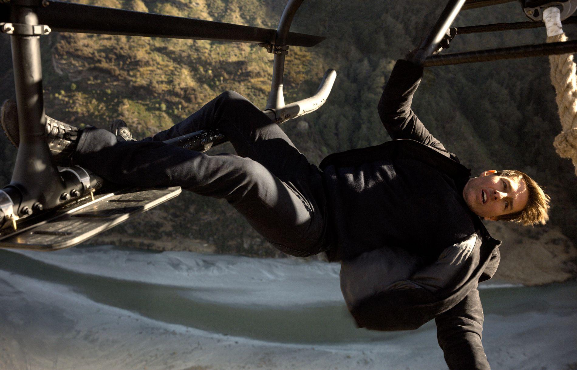 HØYT OG LAVT: Tom Cruise har nok å henge fingrene i i «Mission: Impossible - Fallout».