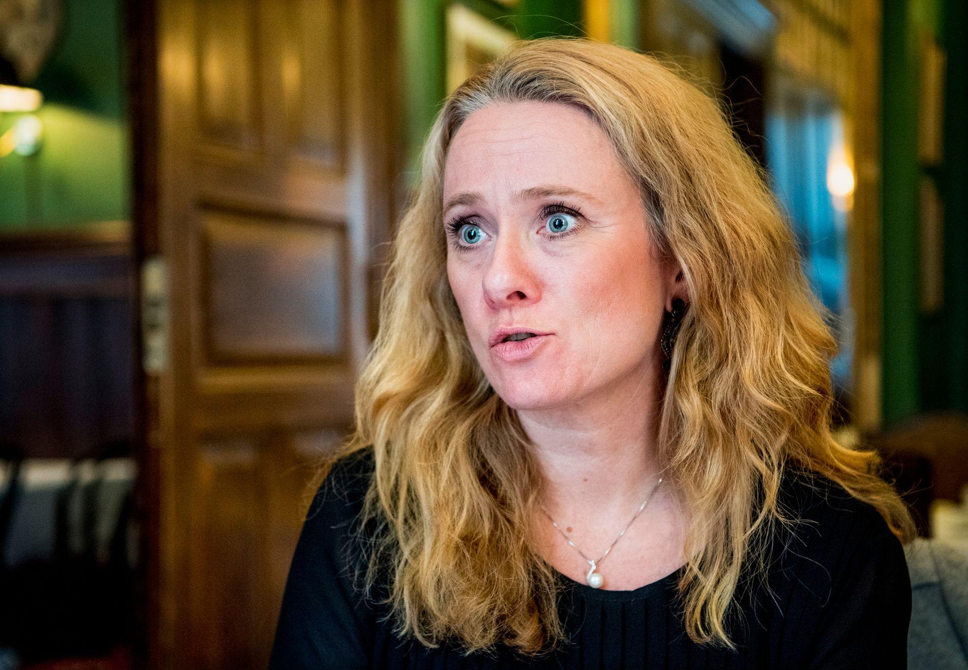 GRIPER INN: VG får opplyst at regjeringen stanser sykepleierstreiken med tvungen lønnsnemnd. Her arbeids- og sosialminister Anniken Hauglie (H)