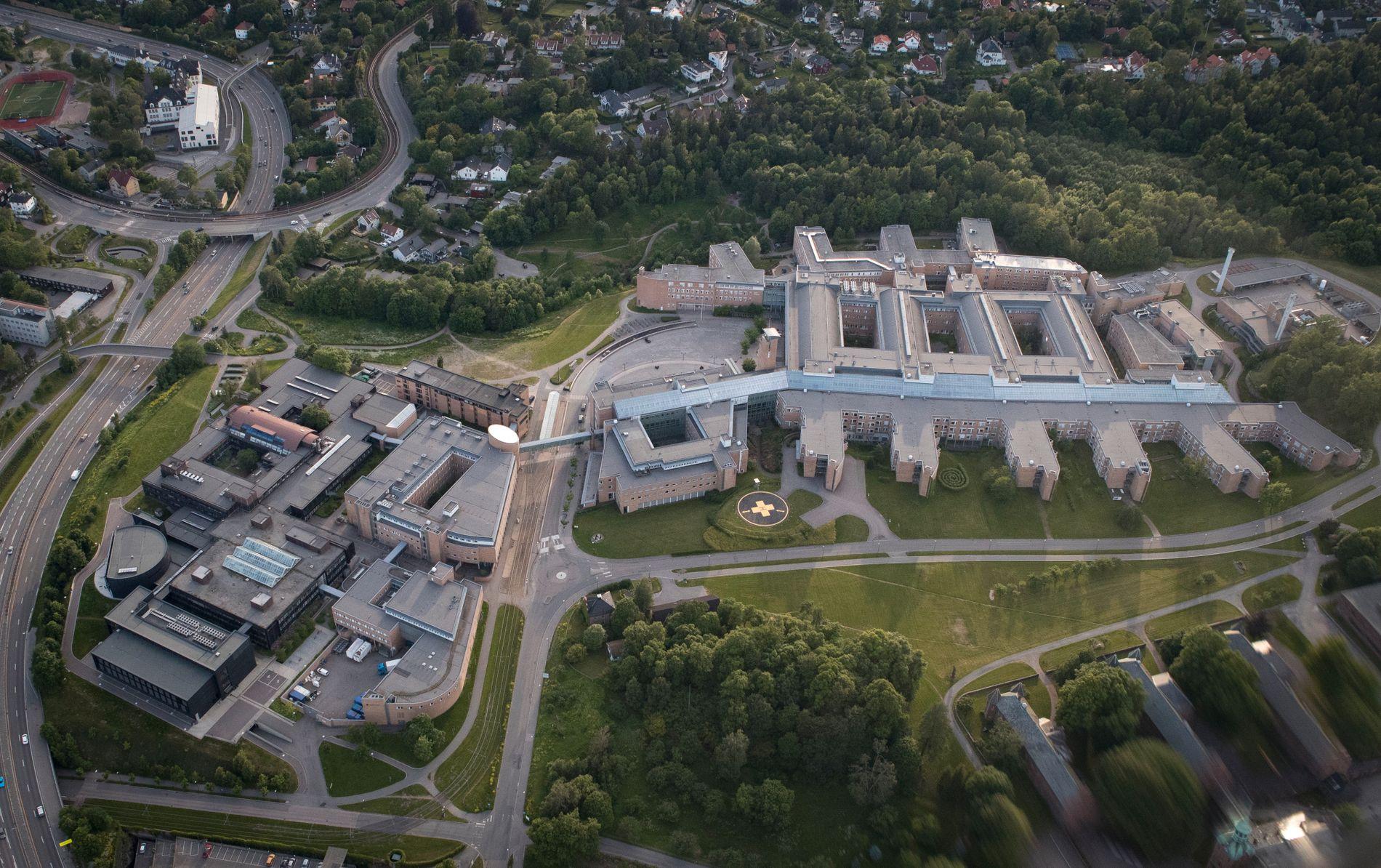 NYTT STORSYKEHUS: Her til venstre for dagens Rikshospital i Oslo er planen å bygge et nytt sykehus på opp til 15 etasjer til sammen nesten 100.000 kvadratmeter. Foto: Torstein Bøe / NTB scanpix