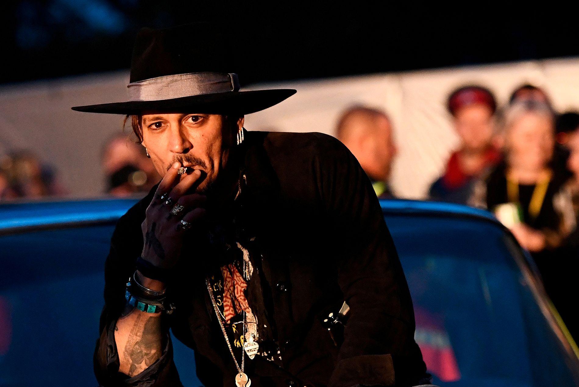 FREIDIG: Johnny Depp på torsdagens Glastonbury-arrangement.