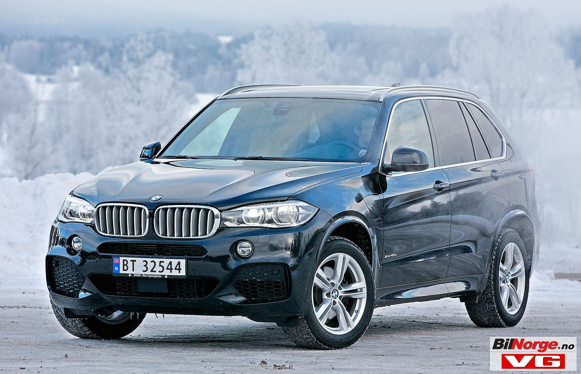 OPP I TO RUNDER: BMW X5 40e står foran et saftig avgiftshopp.  Fra 1. januar går den opp 11.009 kroner, før avgiftsskruen virkelig strammes til 1. juli, da modelllen 44.210 kroner i rekkeviddeavgift.  Da VG testet bilen, gikk den 22 kilometer elektrisk, av oppgitte 31.  X5 er Norges tiende mest solgte ladehybrid, med 936 registreringer hittil i år.