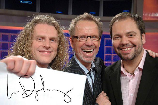 KJENTE TV-FJES: Her er Ivar Dyrhaug (i midten) sammen med pianistene Trond Nagell Dahl (t.v.) og Gisle Børge Styve.