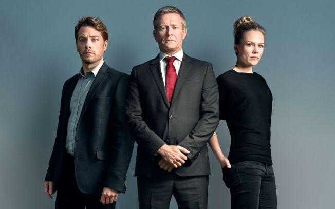 TRIO: Fra venstre Eldar Skar som Hans Martin Djupvik, Henrik Mestad som Jesper Berg, og Ane Dahl Torp som Bente Norum i «Okkupert».