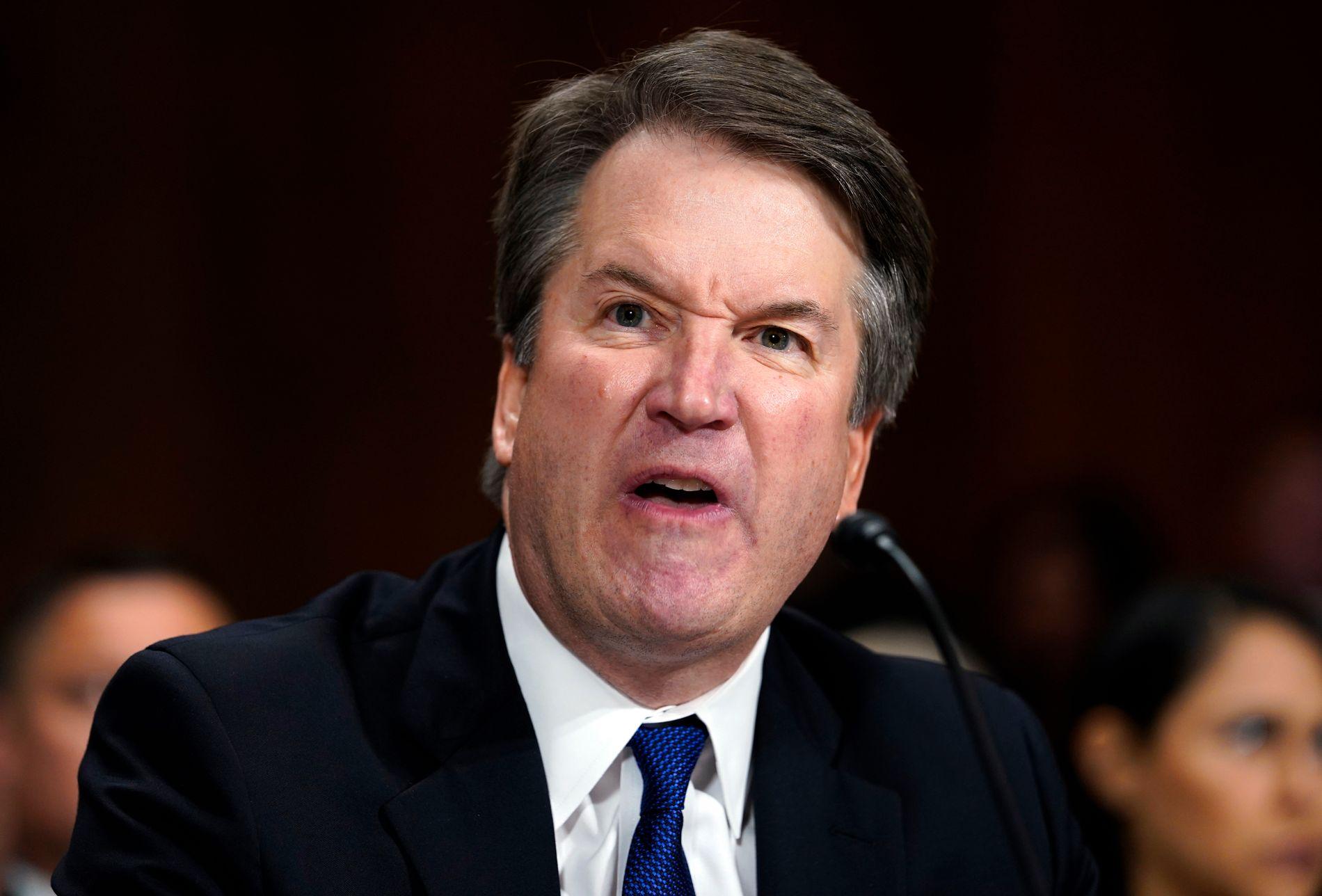 VAR SINT: Brett Kavanaugh var tydelig sint og frustrert over anklagene mot ham da han forklarte seg i Senatet i forrige uke.