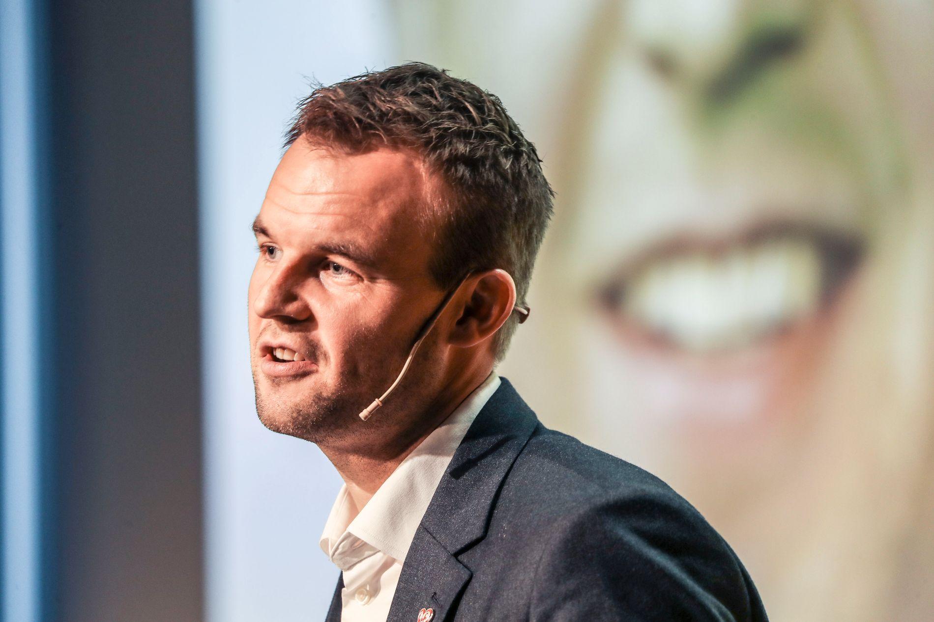 LEDERKANDIDAT: 2. nestleder Kjell Ingolf Ropstad talte til KrFs landsmøte.