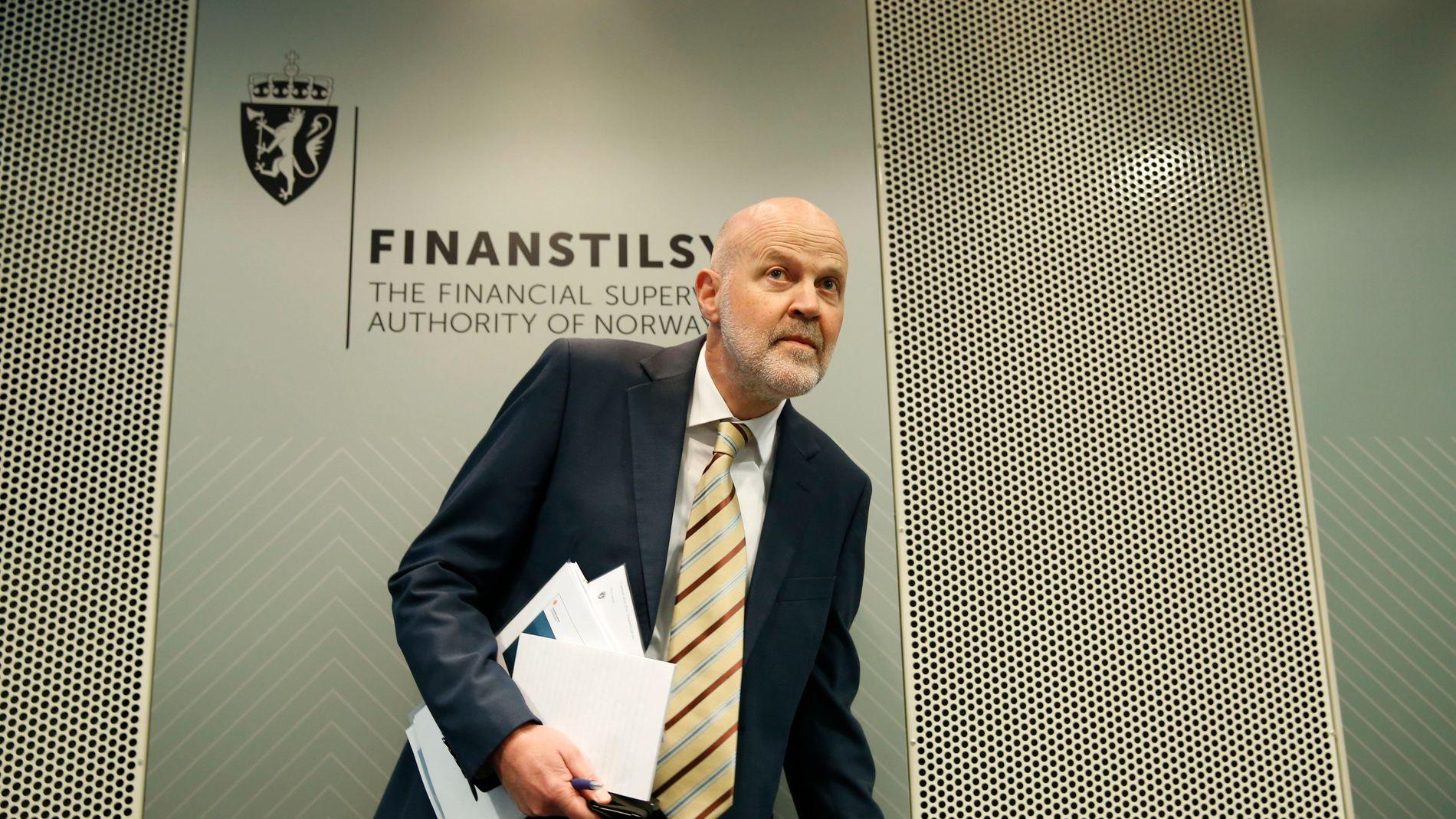 BEKYMRET: Direktør i Finanstilsynet Morten Baltzersen presenterer onsdag de finansielle utviklingstrekkene i Norge.