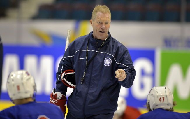 LANDSLAGSSJEF: Roy Johansen og hockeyforbundet er enige om to nye år.