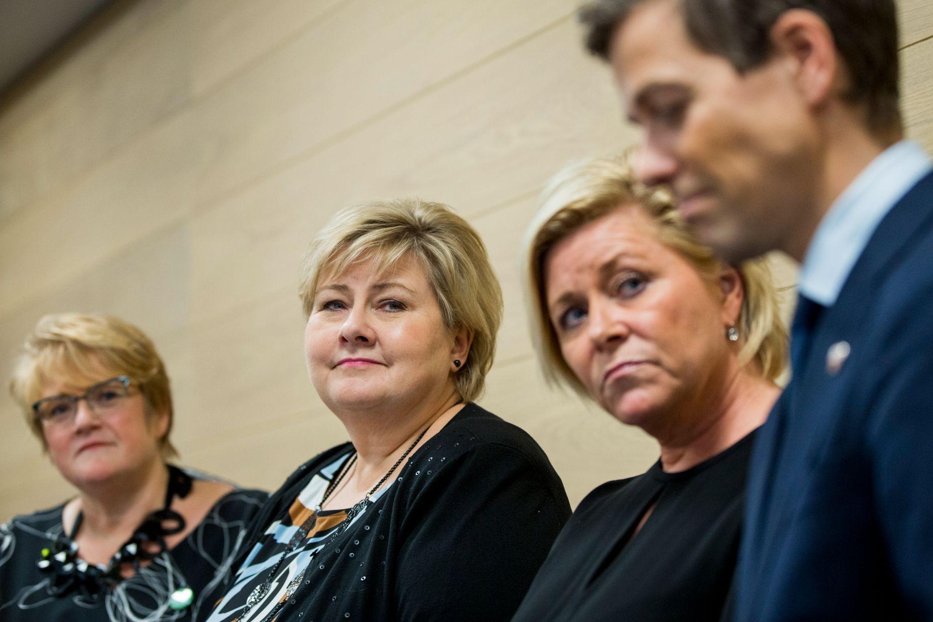 KOALISJONEN: Venstre-leder Trine Skei Grande, statsminister og Høyre-leder Erna Solberg, finansminister og Frp-leder Siv Jensen og KrF-leder Knut Arild Hareide.