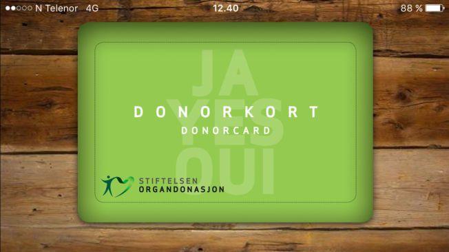 DONORKORT: Man kan ha donorkort digitalt på mobilen, slik som dette, eller i papirvariant for eksempel i lommeboken.