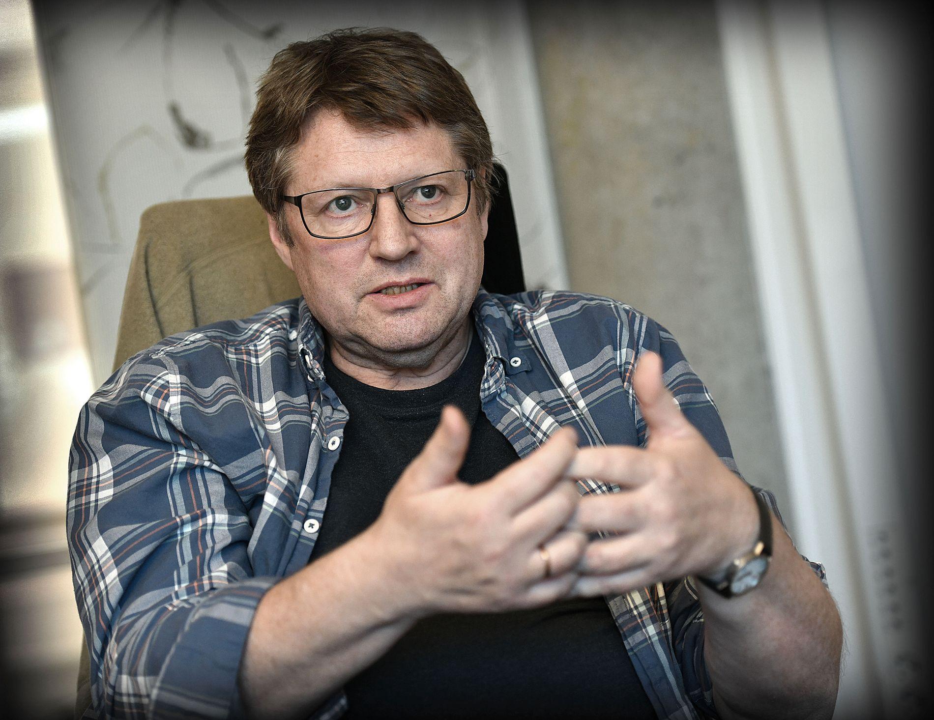 OVERLEVDE: Arne Strand har sine første arbeidsdager tilbake på Christian Michelsens Institutt i Bergen, etter terrorangrepet han gjennomlevde i Kabul i januar.