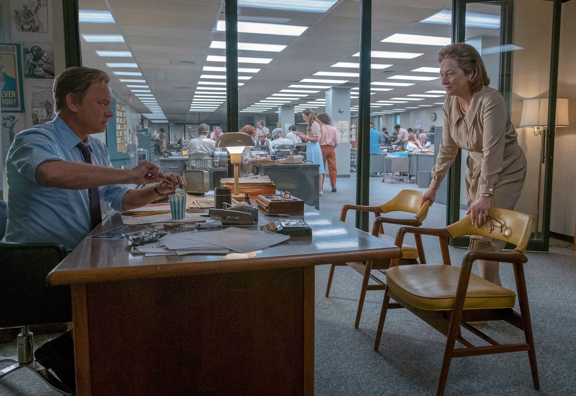 DOBBELNOMINERT: Både Tom Hanks og Meryl Streep er nominert for rollene sine i Spielberg-filmen «The Post» som kommer 12. januar. Fotyo: Niko Tavernise/20th Century Fox/AP