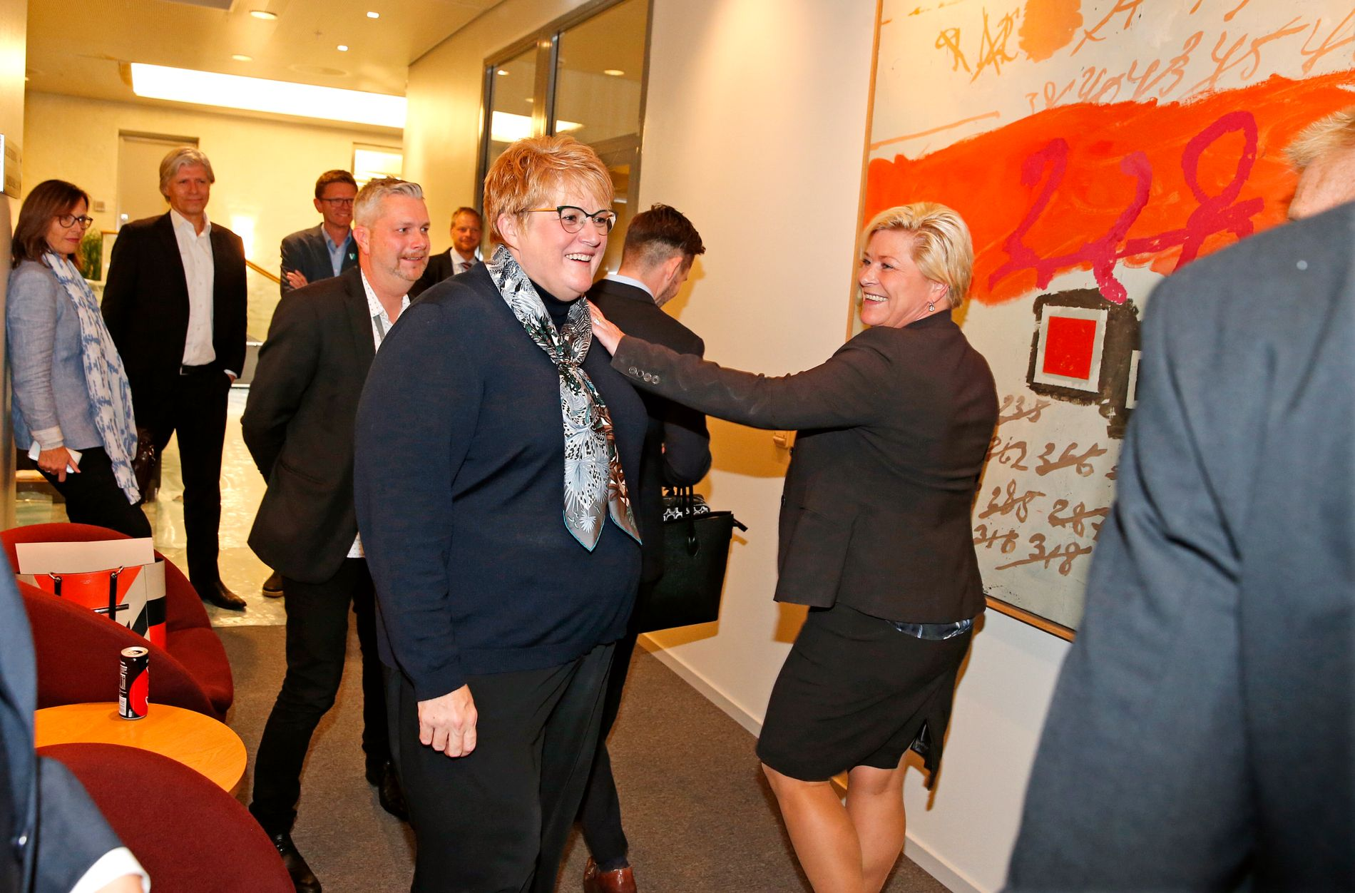 Regjeringspartiene møtes til forhandlinger. FOTO: TROND SOLBERG/VG