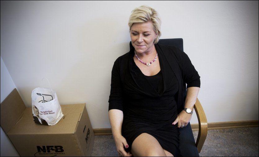 FINANSMINISTER: De siste dagene har Erna Solberg og Siv Jensen forhandlet om statsrådsfordelingen i den nye regjeringen, blant annet her, på Jensens kontor. Foto: Terje Bringedal