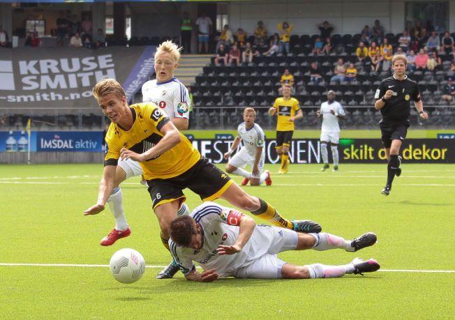 DOMINERER: Kristoffer Ajer (17) spilte nok en stor kamp, og scoret to mot Stabæk lørdag.