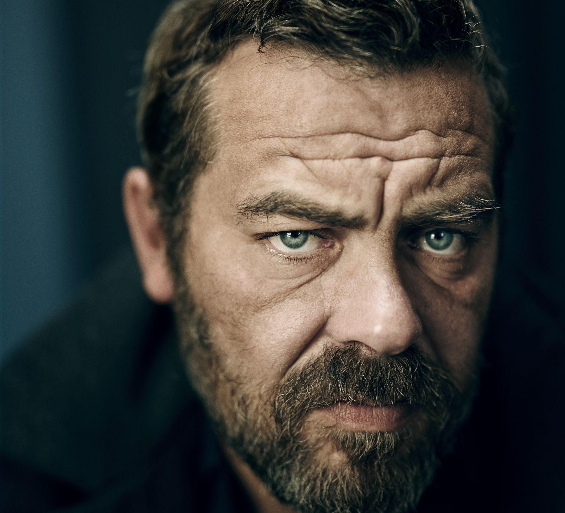 IMPONERER: Den danske forfatteren Kaspar Colling Nielsen imponerer med en roman som har det aller meste, mener VGs anmelder.