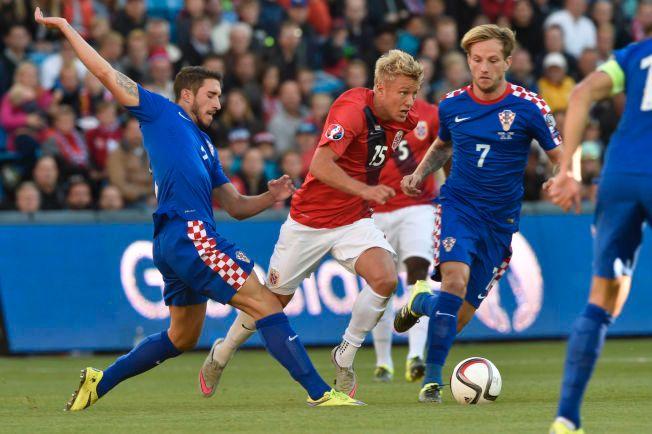 FORSPRANG: Kroatias poengtrekk gjør at Per Ciljan Skjelbred og Norge nå har to istedenfor ett poeng å gå på, i duellen med Kroatia om annenplassen i kvalikgruppen.