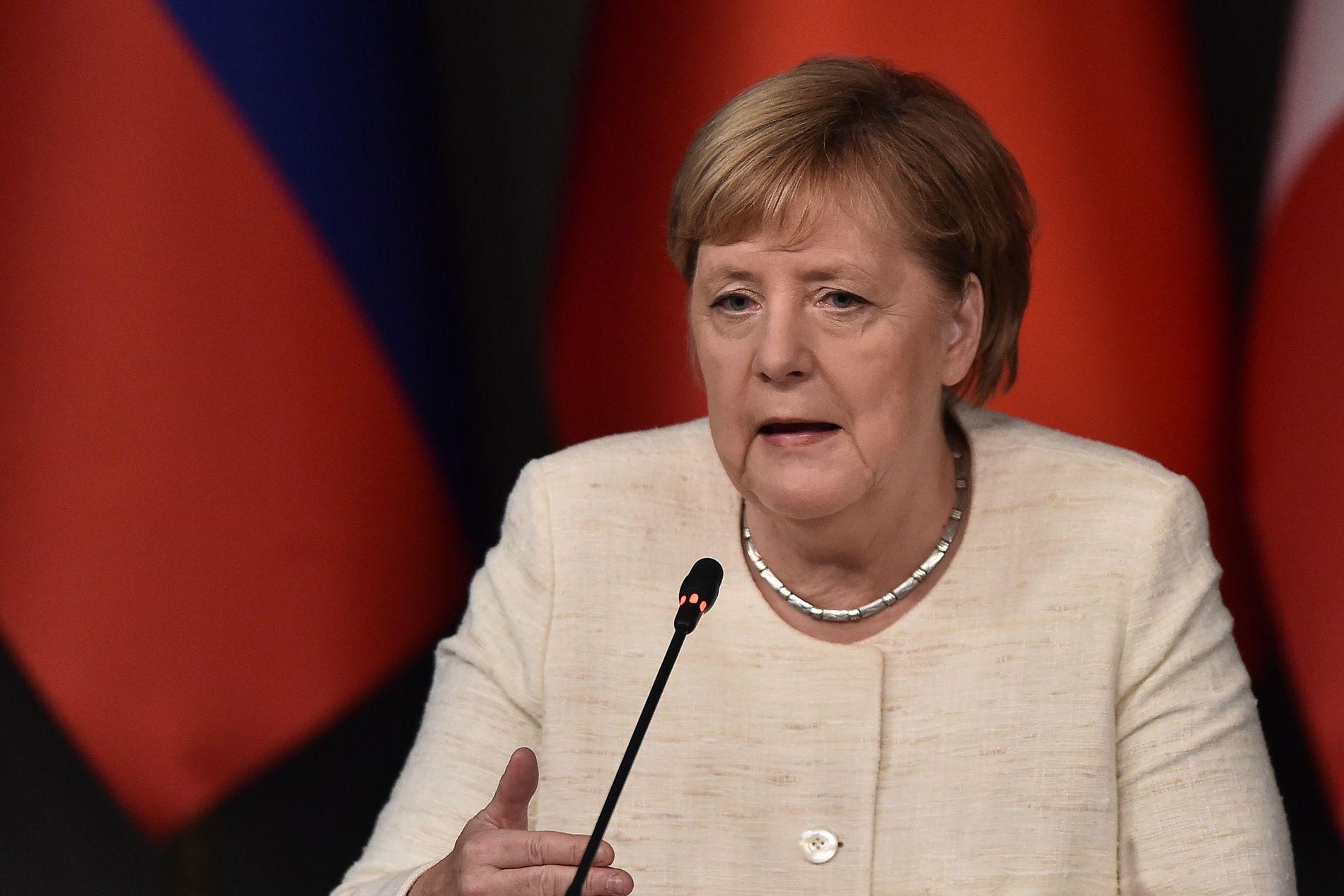 STILLER IKKE TIL GJENVALG: Etter 18 år trekker Angela Merkel seg som partileder for det kristendemokratiske partiet CDU.